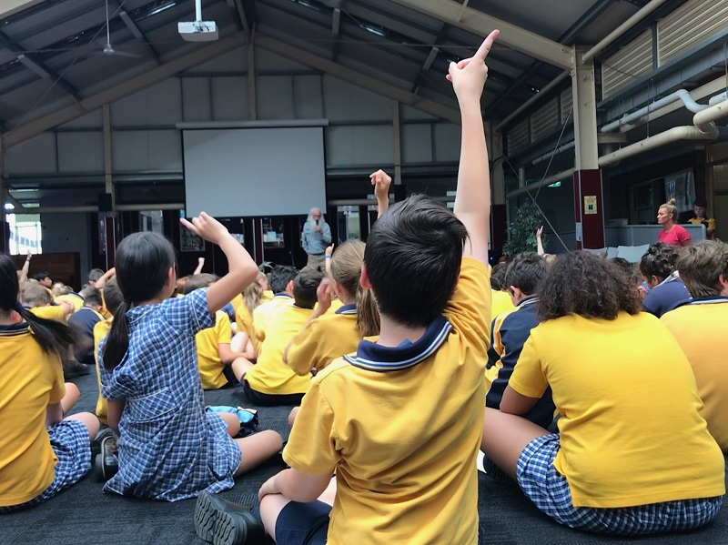 Students at St Joseph's Primary School, Elsternwick, participating in a workshop with Port Phillip Baykeeper Neil Blake